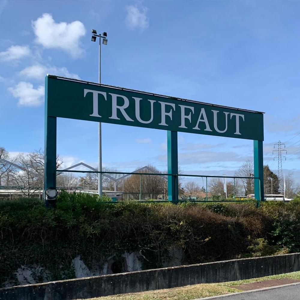 Enseigne Truffaut